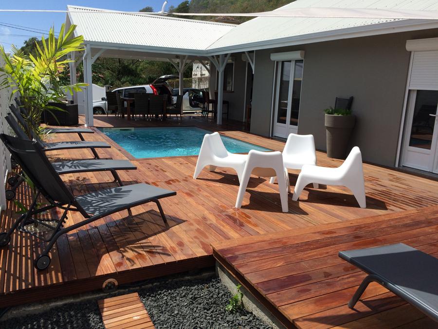 Location villa diamantine un crin sous les tropiques for Villa avec terrasse couverte